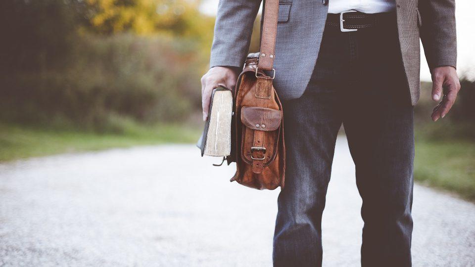 Mode hommes : les indispensables de l'été